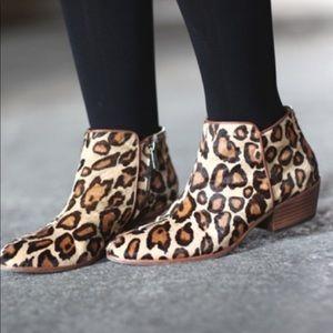 New Sam Edelman leopard petty boots sz 8